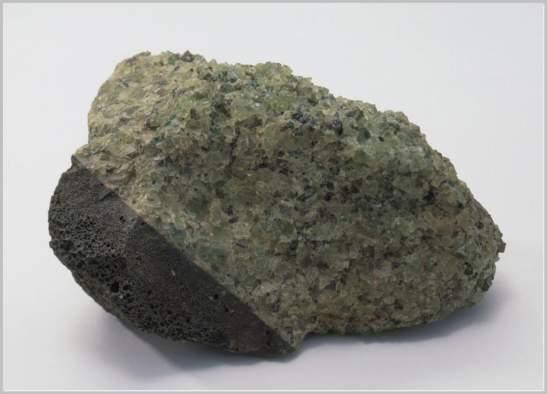 Peridotite stone for saunas